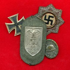 iron cross & various badges Military Art, Military History, Military Awards, Nazi Propaganda, The Third Reich, World War Two, First World, Badges, Soldiers