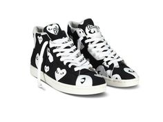 Converse x Commes Des Garcons leather high tops. Again SWOOOOOON. (via @Disneyrollergirl)