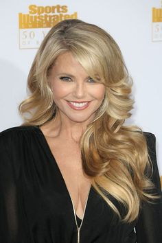 Christie Brinkley: amazing 60 years old. She looks better at 60 than she did when she was 20!