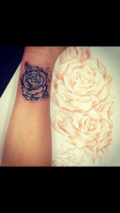 black & gray rose
