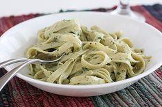 Taste and Tell   Saturdays with Rachael Ray – Roasted Garlic Pesto Cream Pasta   Taste and Tell