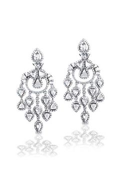 Fit For Royalty Haute Vault S Couture Diamond Chandelier Earrings Are One Of The Most Beautiful