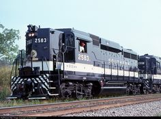 RailPictures.Net Photo: SOU 2583 Southern Railway EMD GP30 at Hattiesburg, Mississippi by Joe Blackwell