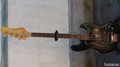 Galaxis Bass ,,Чехословакия,,-2500гр. Action Bass 2002 ГДР-3500гр. Электроника РЦ-01 дилей-ревер-200гр. Гармонь мастеровая 25\16-6000гр....