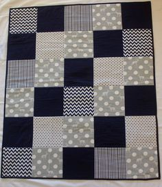 Grey and navy with elk print by emmyjdesign Modern baby boy quilt. Grey and navy with elk print by emmyjdesign Quilt Baby, Baby Boy Quilt Patterns, Baby Boy Bedding, Chevron Patterns, Rag Quilt, Colchas Quilting, Quilting Projects, Sewing Projects, Baby Boy Blankets