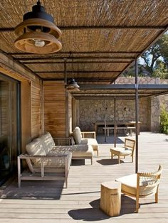 Comment abriter sa terrasse du soleil...
