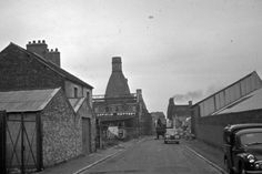 Unseen images of Longton: Bert Bentley Collection. Back of Garfield Pottery, Barker Street, off Uttoxeter Road.