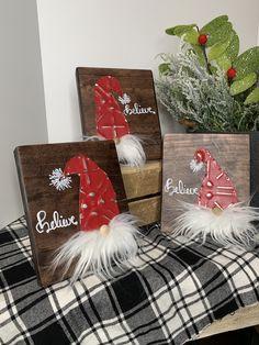 Christmas gnome signs made with tin. Celebrate whimsical gnomes this holiday season. Christmas Wood Crafts, Christmas Signs Wood, Christmas Gnome, Primitive Christmas, Winter Christmas, Christmas Decorations, Yard Decorations, Christmas Ornaments, Merry Christmas