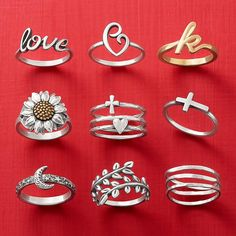 These rings are treasured keepsakes to wear all year long. Tag loved ones if you'd like one under the Christmas tree! Rings For Her, James Avery, Cute Rings, Keepsakes, Gift Guide, Jewelry Rings, Diamond Earrings, Wedding Rings, Christmas Tree