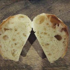 Pinを追加しました!/気泡はまぁまぁ、味は美味しい フランスパンになるんだな(笑)  #リスドオル #cooking #bread #ハードブレッド