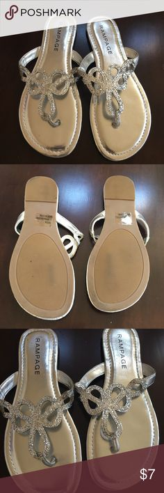 Flip flops Cute flip flops! Practically brand new only worn once Rampage Shoes Sandals