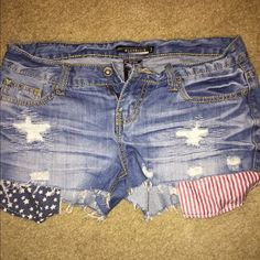 American flag shorts I got these from Hot Topic. They are a size 3 Hot Topic Shorts Jean Shorts