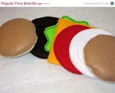PLAY FOOD PRETEND Felt Hamburger by itsthesmallthings, $8.50