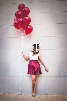 Graduation, Red Ballons, Redlands University Source by vmongold. College Graduation Pictures, Graduation Picture Poses, Graduation Portraits, Graduation Photography, Graduation Photoshoot, Grad Pics, Senior Photography, Graduation Ideas, Senior Pictures