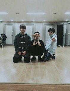 BTS Cuties Taehyung, Jimin and Jungkook Bts Jimin, Bts Bangtan Boy, Jungkook 2016, Bts Taehyung, Vmin, Jikook, K Pop, Bts Memes, Namjoon