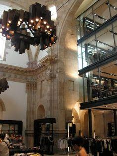 * wunderkammer *: Zara Plaza del Teatro Liceo, Salamanca: Compras y arte / Shopping & Art