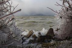Dermesztően káprázatos fotók a téli Balatonról