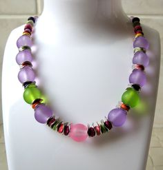 Items similar to Light Purple Frosted Glass Bead Short Necklace; Any Occasion and Everyday Choker on Etsy Short Necklace, Beaded Necklace, Necklaces, Vintage Jewelry, Unique Jewelry, Mid Century Style, Frosted Glass, Light Purple, Fashion Necklace