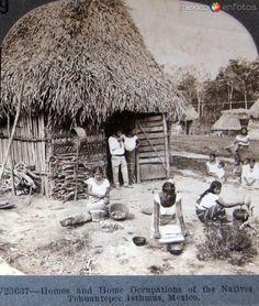 Fotos de Tehuantepec, Oaxaca, México: Indigenas del Ismo Hacia 1900