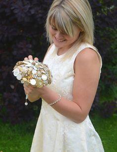 Design by DJ Bouquets... ♥ Gorgeous 'Gold Tone' Bouquet