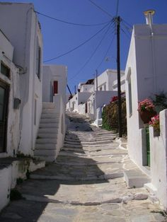 Sifnos is a living postcard. Love this island! Greece Pictures, Greece Travel, Greek Islands, Santorini, Places Ive Been, In This Moment, Vacation, Nature, Summer