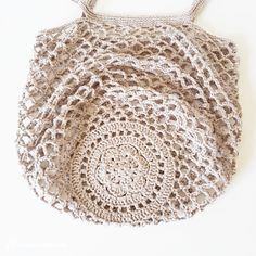 Market Bag pattern by Camilla N. Skjoenhaug -Rustic Market Bag pattern by Camilla N. Skjoenhaug - Ravelry: Rustic Market Bag by Camilla N. Skjoenhaug Vintage-style Pack-away Mesh Bag Crochet pattern by Little Conkers Crochet Shell Stitch, Filet Crochet, Crochet Stitches, Crochet Hooks, Knit Crochet, Crochet Patterns, Double Crochet, Single Crochet, Crochet Summer