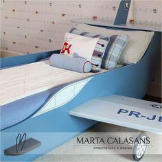 Projeto especial para quarto de criança com uma cama avião desenvolvida em meu escritório