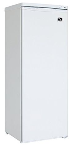 Igloo FRF690B Upright Freezer,  6.9 Cubic Feet, White Reviews   	  	    	  	$ 285.94 Freezers Product Features 6.9 cu Ft Capacity Upright Freezer Design for Easy Opening and Closing 3 Shelves Defrost Drain Manual Temp Controls Freezers Product Description Store your favorite frozen foods in this 6.9 cu. ft. capacity upright freezer. The 3 shelves provide flexible use of space to help you quickly locate what you're […]  http://www.freezersguide.com/igloo-frf690b-upright-freezer-6-9-..