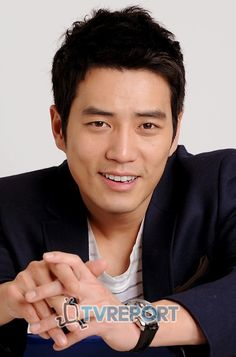 """Actor Joo Sang Wook is considering a role in the upcoming makeover drama tentatively titled """"Birth of a Beauty. Joo Sang Wook, Lee Jin Wook, Asian Actors, Korean Actresses, Korean Actors, Actors & Actresses, Korean Star, Korean Men, My Wife Got Married"""