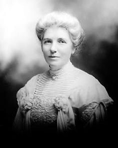 Kate Sheppard, the most prominent member of New Zealand's women's suffrage movement. New Zealand was the first country to introduce universal suffrage so Sheppard's work had a considerable impact on women's suffrage movements in other countries Women Rights, Great Women, Amazing Women, Suffrage Movement, Brave, Thinking Day, Badass Women, Women In History, New Zealand