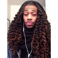 Dreadlock Hairstyles For Men - The style needs to be intricate for it to be unique. Throughout the history, dreadlocks have captured the attention of many people due to its innate beauty Below are some of the popular dreadlock hairstyles for men. Dreadlock Hairstyles For Men, Dreadlock Styles, Dreads Styles, Men Loc Styles, Beard Styles, Dreadlocks Men, Locs, Sisterlocks, Dyed Dreads