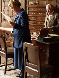 Penelope WiltonandDavid Robb behind the scenes, Downton Abbey...