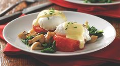 Recipe: Low-Carb Eggs Florentine with Roasted Tomatoes
