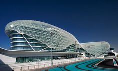 Yas Hotel in Abu Dhabi recently emerged from a Viceroy makeover that has upgraded the staff and transformed the lobby into a sleek meeting place. The rebranded Yas Viceroy Hotel commissioned design group Poltrona Frau Emirates to redesign the common spaces