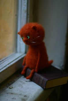 needle felted by Katerina Kozubenko