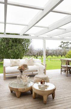 home decor cricut Outdoor Areas, Outdoor Rooms, Outdoor Living, Outdoor Decor, Design Patio, Exterior Design, House Design, Living Pool, Outside Living