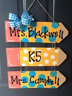 Teacher Door Signs, Classroom Door Signs, Teacher Door Hangers, Teacher Doors, Classroom Decor Themes, Classroom Crafts, School Doors, School Signs, Animal Alphabet