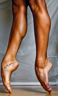 I LIKE THOSE CALF'S!!! AND I LIKE THE FEET STUFF TOO!!