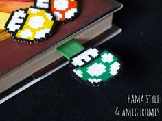 Hama Style & Amigurumis: Bookmark Mario Mushrooms - Hama MINI Beaded Bookmarks, Crochet Bookmarks, Hama Beads Patterns, Craft Patterns, Mario Hama, Perler Beads, Mario Bros, Bead Crafts, Super Mario