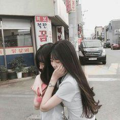 Ulzzang groups в 2019 г. Aesthetic Korea, Aesthetic Girl, Cute Korean Girl, Asian Girl, Foto Best Friend, My Friend, Best Friends Aesthetic, Korean Best Friends, Bff Girls