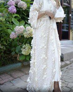 Abaye ferace , - Pregnacy and moms Abaya Fashion, Muslim Fashion, Kimono Fashion, Fashion Dresses, Hijab Abaya, Hijab Dress, Mode Abaya, Mode Hijab, Modest Dresses