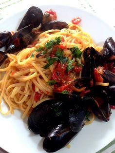 Giovedi santo! Linguine con le cozze. #homemade #pasta #italy #food #lunch