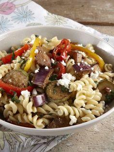 Βίδες με ψητά λαχανικά και φέτα - www.olivemagazine.gr