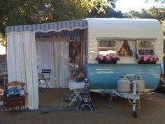 gotta love a sun room off the camper-trailer