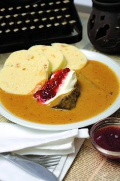 tradičné české omáčky Slovak Recipes, Czech Recipes, Ethnic Recipes, Modern Food, What To Cook, Food 52, Main Meals, No Cook Meals, Food Videos