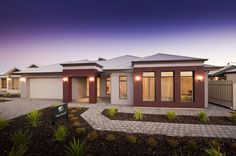 McCracken Display Homes: The Grand. Visit www.localbuilders.com.au/builders_south_australia.htm for all display homes in South Australia
