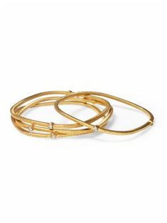 Hive & Honey Set of 4 Bangles Plain Gold Bangles, Gold Bangles Design, Silver Bracelets For Women, Gold Jewellery Design, Gold Jewelry, Jewelery, Wedding Jewelry, Gold Mangalsutra, Diamond Bangle