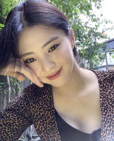 Female Actresses, Korean Actresses, Korean Beauty, Asian Beauty, Pretty Korean Girls, Asian Makeup, Ulzzang Girl, Pretty Face, Girl Pictures