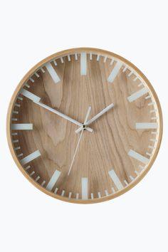 Woodly-seinäkello Minimalist Modern Kitchens, Modern Kitchen Design, Funny 60th Birthday Gifts, Stainless Steel Appliances, Bar Stools, New Homes, Clock, Inspiration, Home Decor