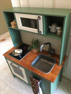 Suggestions An Ikea youngsters' space r. Suggestions An Ikea youngsters' space remains to amaze the - # Boys Play Kitchen, Ikea Childrens Kitchen, Ikea Kids Kitchen, Kitchen Sets For Kids, Kitchen Redo, Kitchen Oven, Play Kitchens, Kitchen Ideas, Ikea Hack Kids